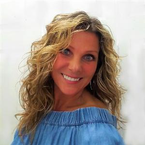 Profile Picture of Josette Furjanic