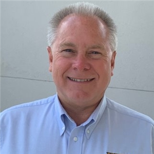Profile Picture of Hank Carr
